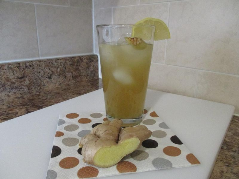 Suzetteroberts - lemon ginger green tea - 11 30 15