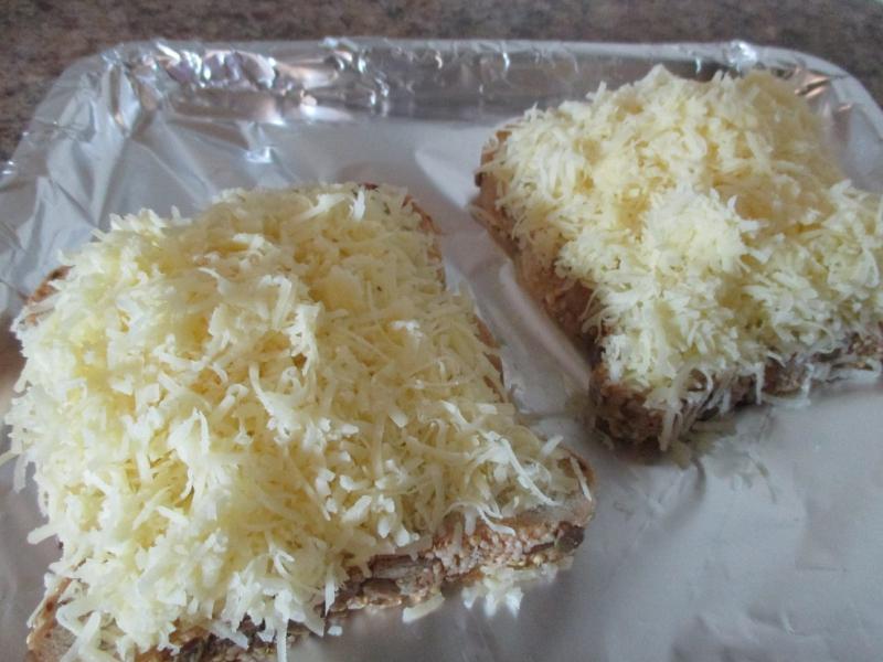 Suzetteroberts - cheesy toast mornings (3)