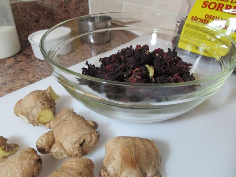 Suzetteroberts - caribbean sorrel drink (4)