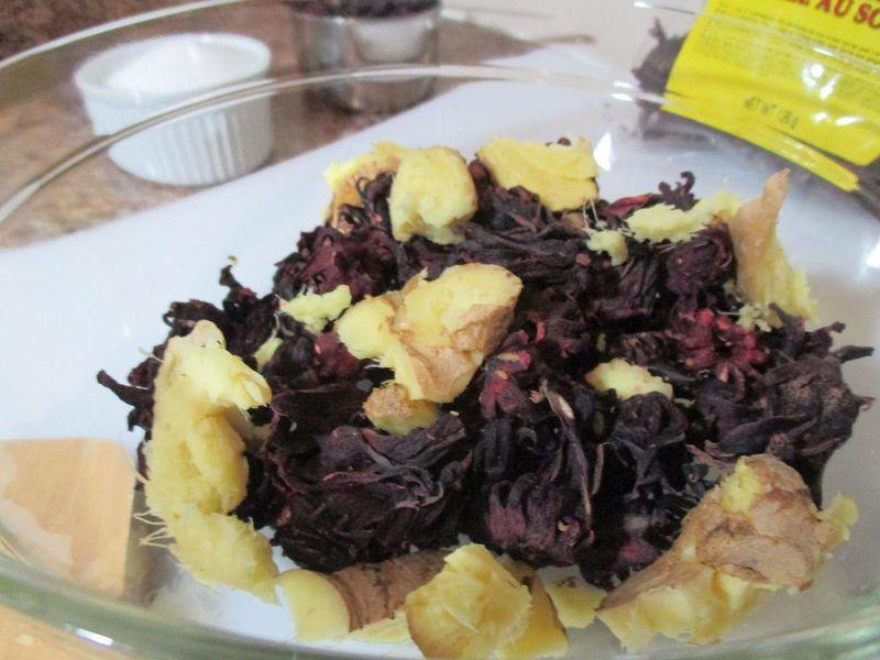 Suzetteroberts - caribbean sorrel drink (6)