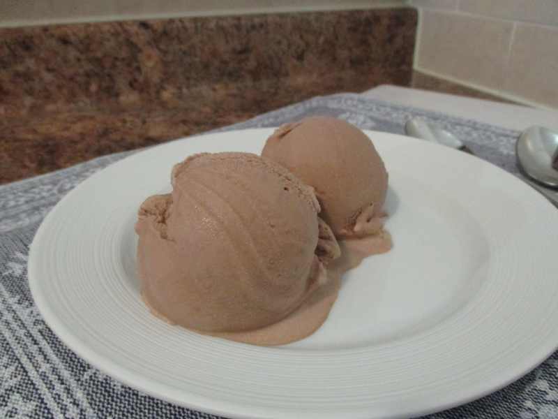 Suzetteroberts - milk chocolate ice cream - 07 14 17
