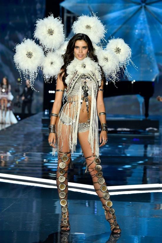 Suzetteroberts - victoria's secret fashion show 2017 (7)