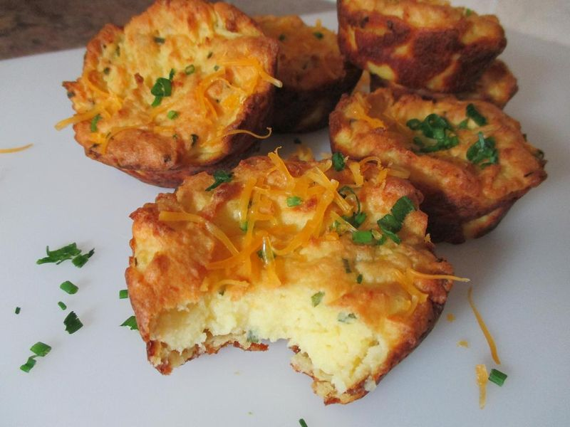 Suzetteroberts - creamed potatoes and cheddar cheese cups (11)