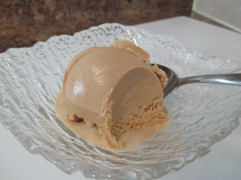 Suzetteroberts - red rose orange pekoe milk tea ice cream - 05 08 17 (10)