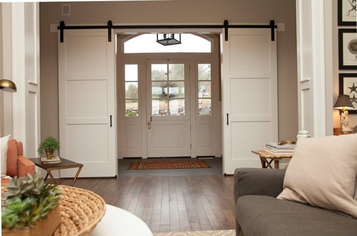 Suzetteroberts - the farmhouse barn door - may 2018 (4)