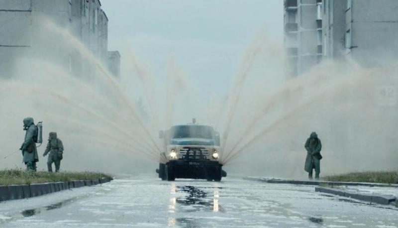 Suzetteroberts - scenes - 11 2020 - series watch - chernobyl (2019)